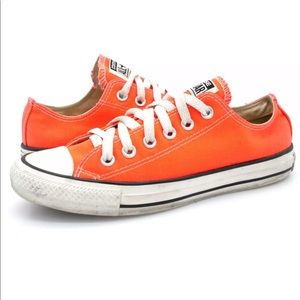 Converse Womens Neon Pink Low Top Sneaker Shoes